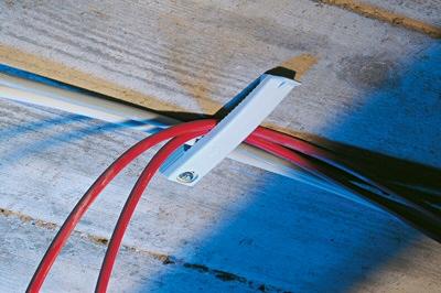 etrier barette fixation cable lectrique sf plus kb8 fischer. Black Bedroom Furniture Sets. Home Design Ideas